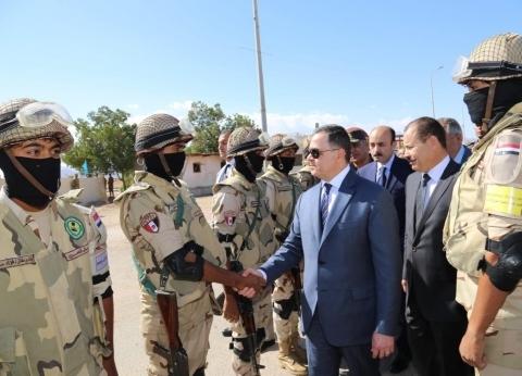 بالصور| وزير الداخلية يتفقد إجراءات تأمين منتدى شباب العالم