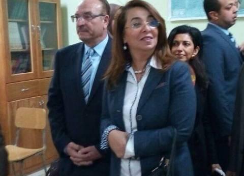 عاجل| وزيرة التضامن تصل إلى مدينة الإسماعيلية للقاء أسر أقباط العريش
