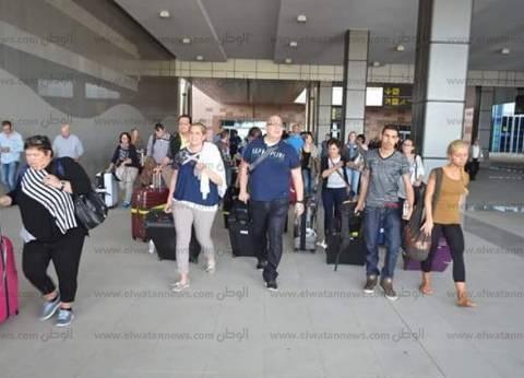 مطار الغردقة يستعد لاستقبال لجنة خبراء روسية لمتابعة إجراءات تأمين السائحين