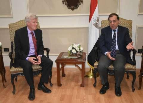 """الملا يطالب """"الحفر المصرية"""" بزيادة حجم أعمالها في الخليج العربي"""