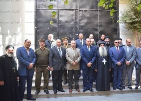 محافظ قنا يقدم واجب العزاء في مجند مديرية أمن القاهرة