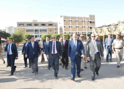 محافظ المنيا يزور معسكر قوات الأمن بعيد الأضحى المبارك