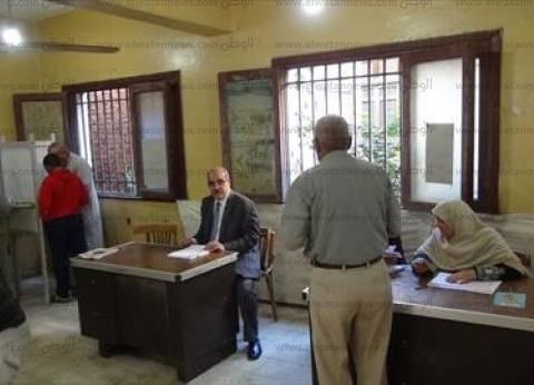 محافظ بورسعيد ومدير الأمن يتفقدان لجان الانتخابات البرلمانية