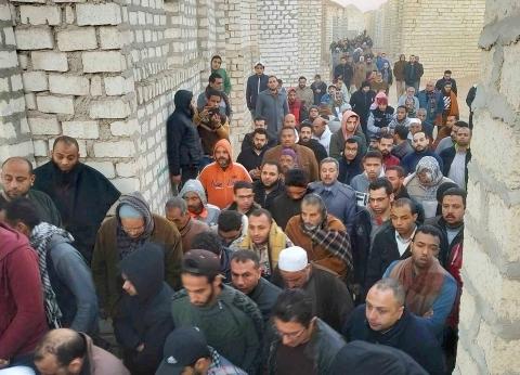 """""""أحمد"""" ضحية حادث محطة مصر يتحدث عن البكاء قبل رحيله: """"لن أعيش لأبكي"""""""