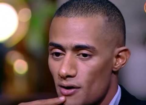 """محمد رمضان يعزي أهالي شهداء البدرشين وقتيل """"اشتباكات الوراق"""""""