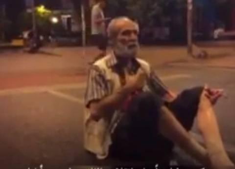 بالفيديو| مسن تركي رافضا الانقلاب: لن تضروا وطننا أيها العسكر