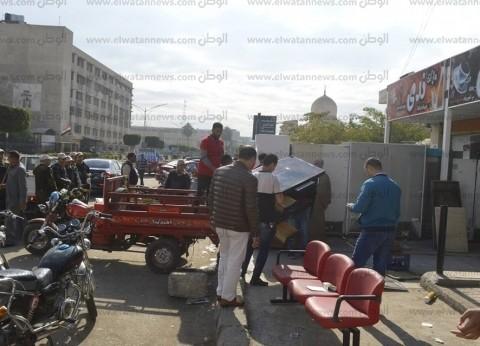 بالصور| محافظ كفر الشيخ يوجه بإخلاء مبنى جمعية نقل الركاب القديم