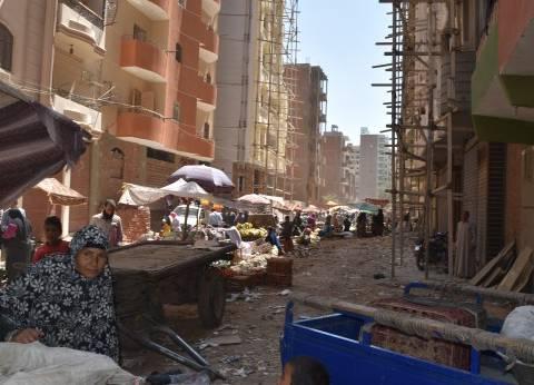 أهالي المنطقة التاسعة بمدينة نصر يشكون من الأسواق العشوائية