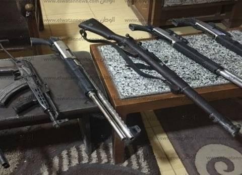 ضبط 16 قطعة سلاح بدون ترخيص في المنيا