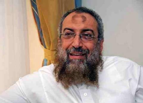 """برهامي يدلي بصوته في الإسكندرية.. ويتهم ساويرس بتشويه """"حزب النور"""""""