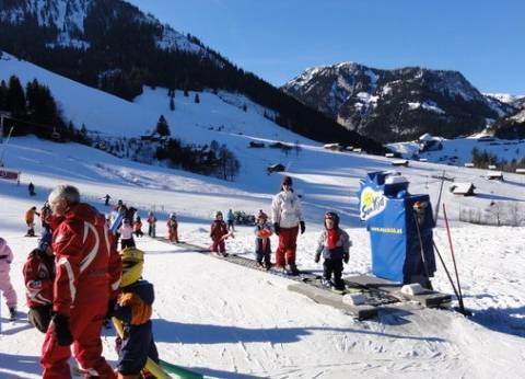 """""""الأرصاد الجوية"""": سقوط الثلوج في سويسرا بعد طول انتظار"""