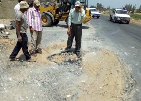 """الانتهاء من نقل عامود كهرباء توسط طريق """"رمسيس - صان الحجر"""" في الشرقية"""