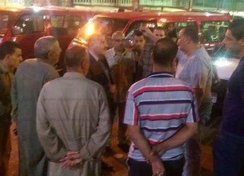 بالصور| رئيس مدينة كفر الزيات في الغربية يتفقد مواقف طنطا والإسكندرية