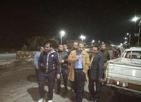 إصلاح خط الصرف الصحي في منطقة كورنيش النيل بدسوق بعد انفجاره