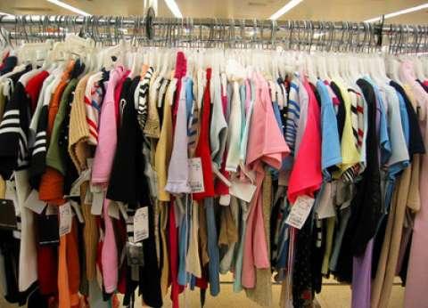 مصنعو الملابس يتصدون لارتفاع سعر الدولار بالمنتج المصري