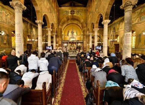"""مصادر كنسية: تفريغ كاميرات مراقبة """"كنيسة حلوان"""" للتعرف على الإرهابيين"""