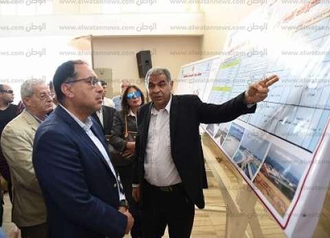 """رئيس الوزراء يتفقد مشروع إنتاج الدواجن بقرية """"الأحايوة"""" بسوهاج"""