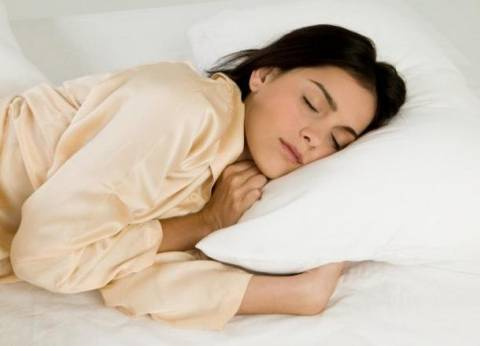 دراسة: النوم 7 ساعات يقلل خطر الإصابة بمرض السكري لدي السيدات