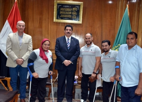 محافظ القليوبية يكرم ذوي الإعاقة الحاصلين على ميداليات في بطولات دولية