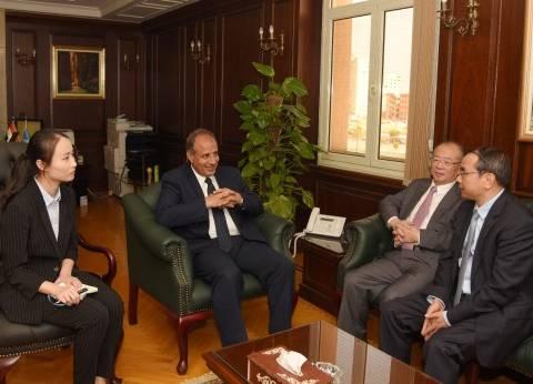 محافظ الإسكندرية يستقبل رئيس مؤسسة تطوير التعليم بشنجهاي