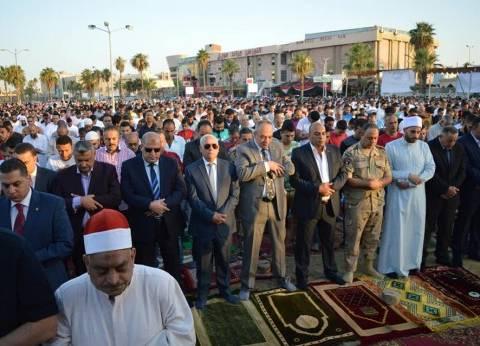 محافظ بورسعيد يشارك أهالي المحافظة صلاة العيد