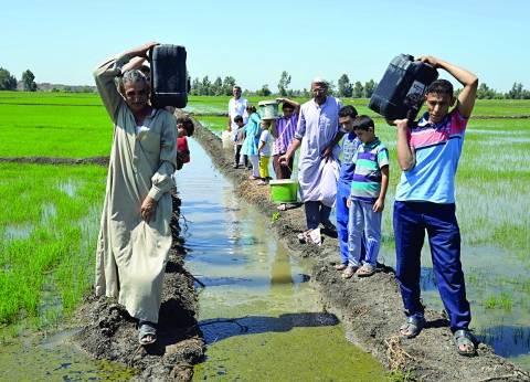 البحيرة: سكان «الظهير الصحراوى» بدون مياه منذ 10 شهور والأهالى يستخدمون مواتير الرفع للحصول على كوب ماء