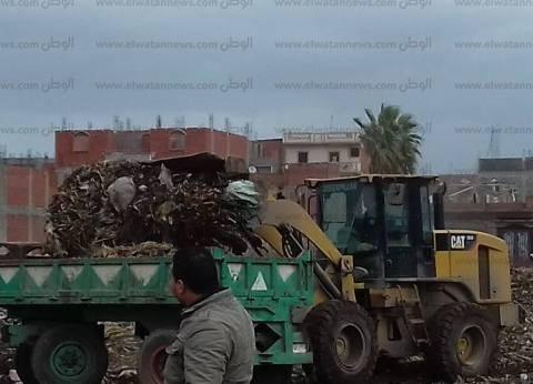 رفع ألف طن تراكمات القمامة ومخلفات البناء بشوارع كفر الدوار في البحيرة