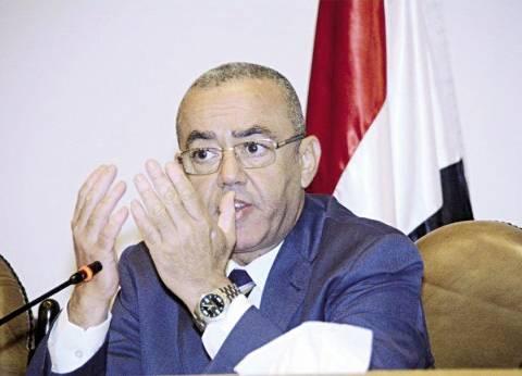 وزير الطيران: الحكومة ملتزمة بالحفاظ على أمن وسلامة المسافرين عبر المطارات المصرية