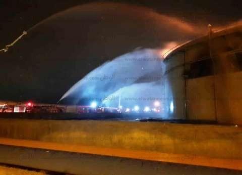 استمرار أعمال التبريد بحريق شركة بترول غرب الإسكندرية