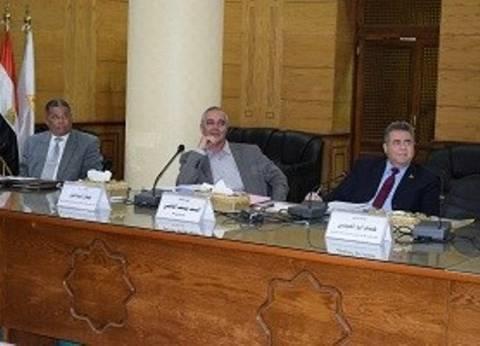 رئيس جامعة بنها يوجّه بإعداد تقرير أسبوعي عن أداء المستشفيات الجامعية