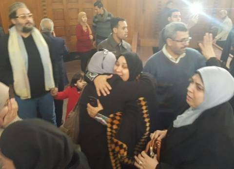"""بالصور  فرحة أسر ضحايا """"مذبحة بورسعيد"""" داخل قاعة محكمة النقض"""