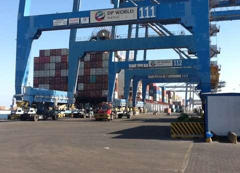 """تجديد حبس 7 قيادات بميناء """"السخنة"""" في السويس 30 يوما لاتهامهم بالرشوة"""