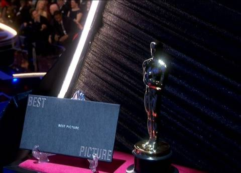 """جائزة """"أفضل فيلم"""" بلون مختلف تجنبا لخطأ """"لا لا لاند"""""""