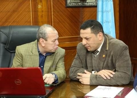 محافظ كفر الشيخ يناقش استعدادات افتتاح مستشفيي قلين وبلطيم المركزي