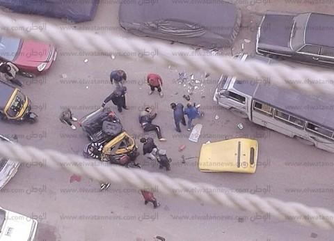 """مصرع سائق """"توك توك"""" وإصابة آخر إثر اصطدامه بميكروباص شرق الإسكندرية"""