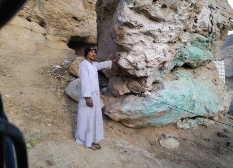 رئيس مدينة المنيا: نواصل تكسير صخرة تشكل خطورة على منازل قرية الشرفا