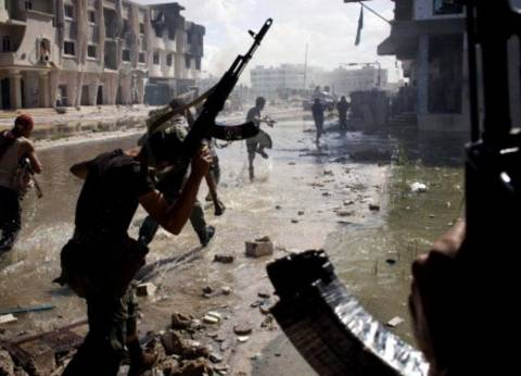 بريطانيا: مستعدون للنظر في رفع الحظر عن توريد السلاح إلى ليبيا