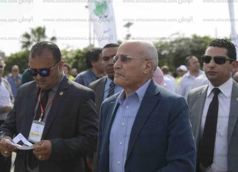 العصار: الحكومة ناقشت مشروع ألواح الطاقة الشمسية بتكلفة 3 مليار دولار