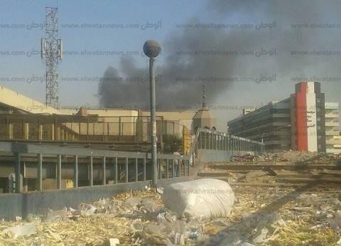 استدعاء 5 سيارات إطفاء من القوات المسلحة لمحاصرة حريق مصنع شبرا الخيمة