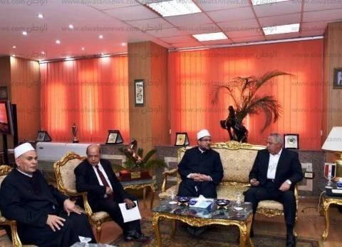 """وزير الأوقاف يصل الشرقية للمشاركة في ندوة """"الشباب والأمل"""""""