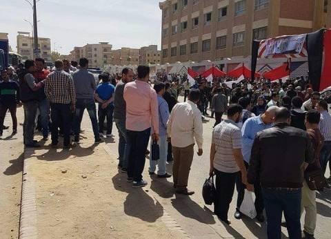 أغاني وطنية أثناء المشاركة في الانتخابات بمدينة نصر