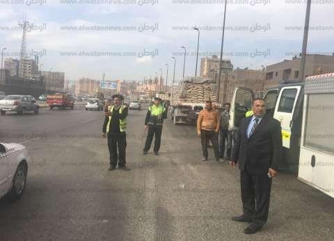 مدير الإدارة العامة للمرور يقود حملات لإزالة الإشغالات بالطرق السريعة