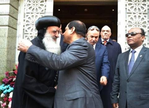 بالصور| محافظ الغربية يزور كنائس طنطا ويشيد بروح التآخي بين نسيج الأمة