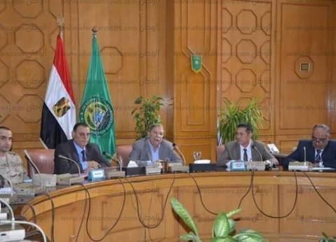 """محافظ الإسماعيلية يوجه بتذليل المعوقات أمام منتفعي """"قرية الأمل"""""""