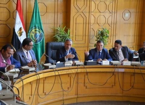 محافظ الإسماعيلية يلتقي وفد البنك الدولي لتنمية الاستثمار بشرق القناة