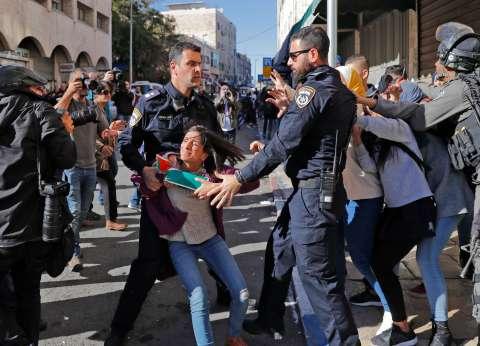 الاحتلال يعتقل طفلا في قلقيلية