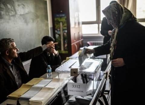 استبعاد موظف في لجنة بالدائرة الثانية بطور سيناء لتوجيهه الناخبين
