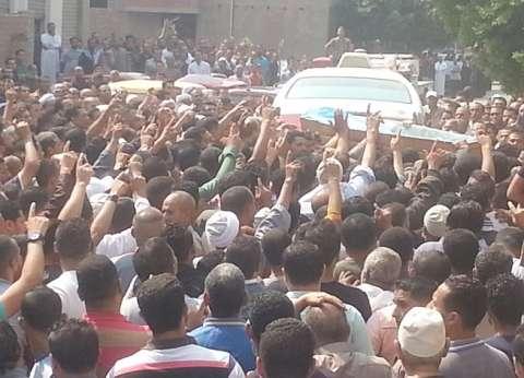 تشييع جثمان شهيد الإرهاب بسيناء من مسقط رأسه في دمياط