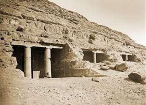 """من """"تل العمارنة"""" لـ""""مقبرة أيزادورا"""".. مزارات فرعونية في المنيا"""