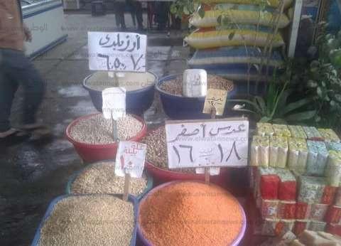 """""""تموين الإسماعيلية"""": انخفاض في أسعار السلع الغذائية بمنفذ المنتزة بالمحافظة"""